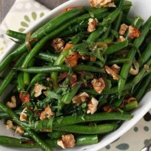 Лобио зеленое с грецкими орехами